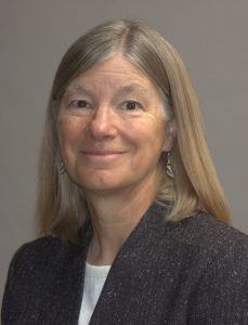 Headshot of 2018-2019 ESA President Laura Huenneke