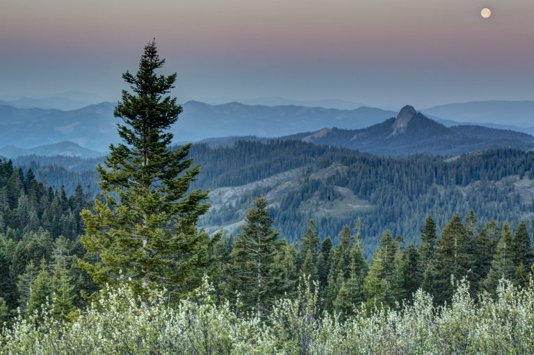 View from Cascade-Siskiyou National Monument - Pilot Rock. Credit: Bob Wick/BLM CC BY 2.0